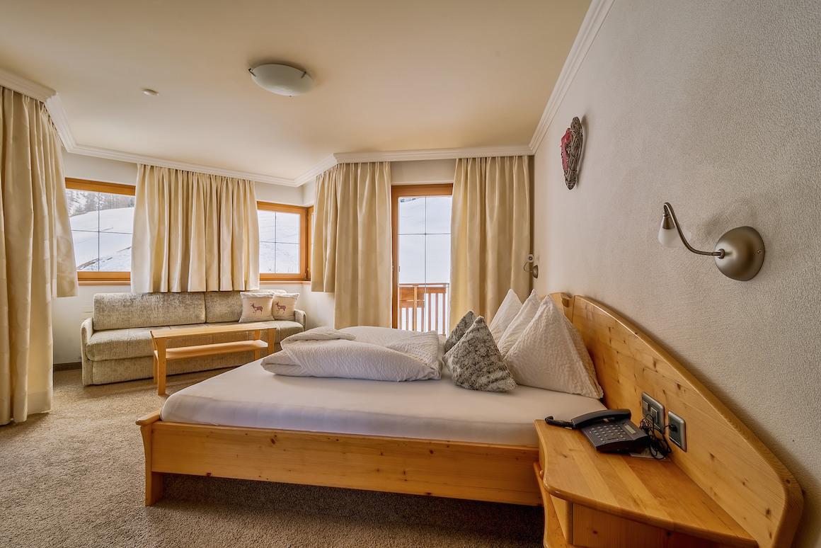 Eckzimmer im Hotel Chasa Nova